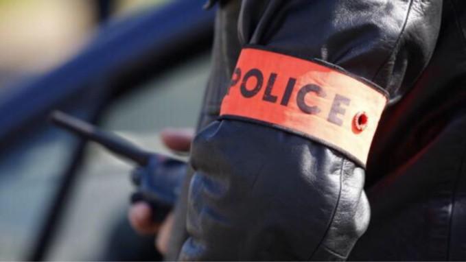 policier en intervention